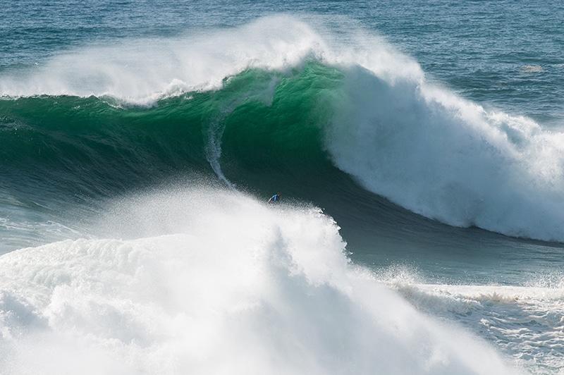 sebastian steudtner grosse wellen und dicke uhren superflavor surf magazine wind wave sup. Black Bedroom Furniture Sets. Home Design Ideas