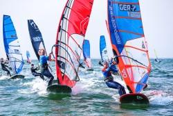 Surf and SUP Opening Fehmarn 2015 9636 250x167 - Vincent Langer siegt beim GWA Windsurf Cup auf Fehmarn!