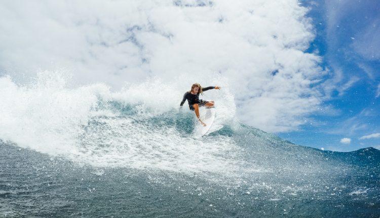 Surfing shot 3 – Photographer Zach Sanders @stuckonarock