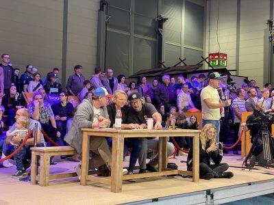 IMG 8156 400x300 - Fiona Wylde und Zane Schweitzer siegen bei den boot Düsseldorf SUP Wave Masters 2020