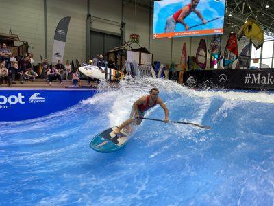 IMG 8200 1 400x300 - Fiona Wylde und Zane Schweitzer siegen bei den boot Düsseldorf SUP Wave Masters 2020